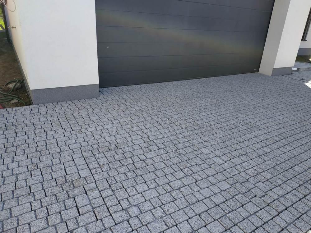 zámková dlažba Cube aquaflair - farba sivá žula